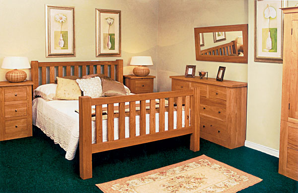 Dormitor lemn masiv CORAL