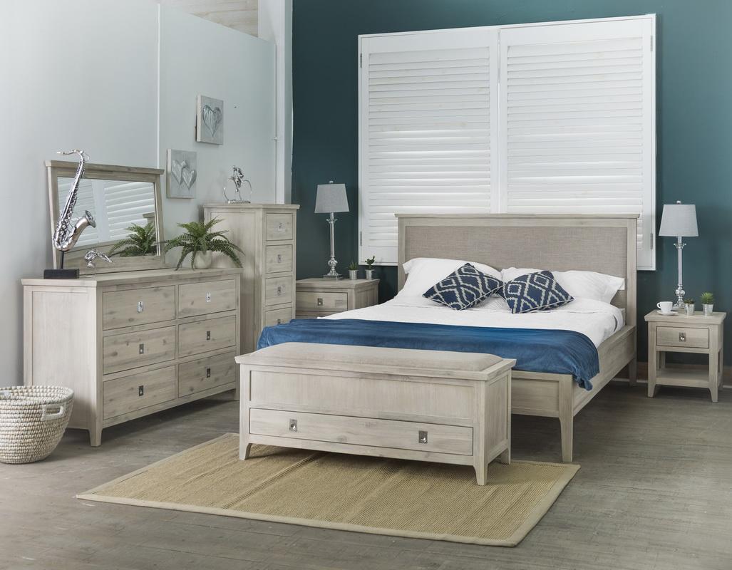 Dormitor lemn masiv FANTASY