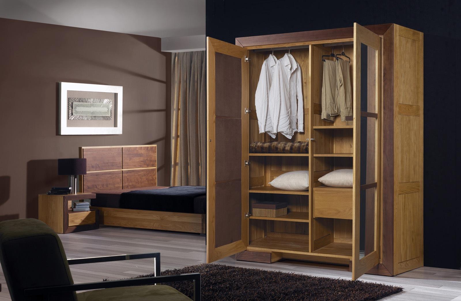 Dulapuri lemn masiv modele dulap lemn masiv ronex - Armoire de salon en bois ...