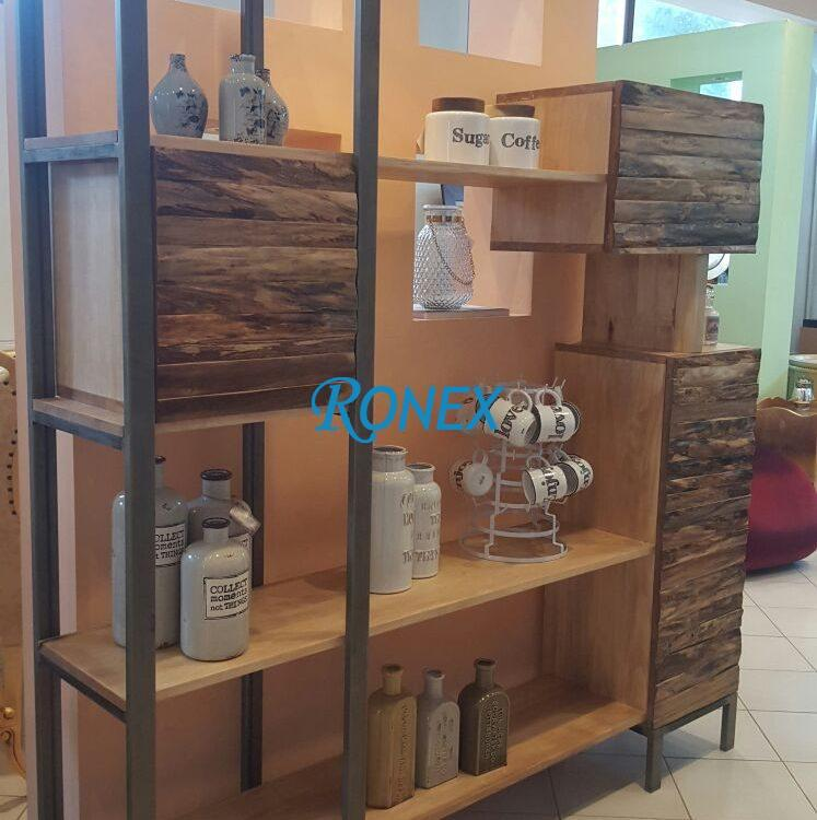 biblioteca stil industrial cu rafturi din lemn masiv